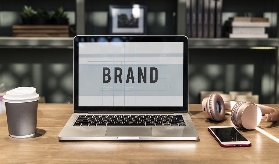 【図解】コーポレートブランディングとは?〜第5の経営資源をメルカリのブランド戦略から学ぶ〜